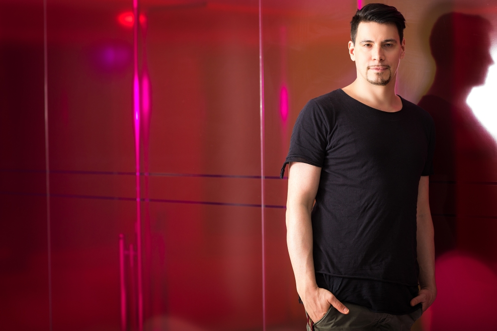 01 Thomas Gold by Natascha Romboy.jpg